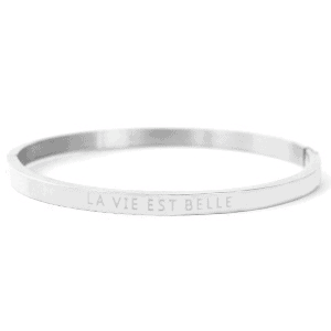 Stainless steel bangle armband met tekst La vie est belle zilver